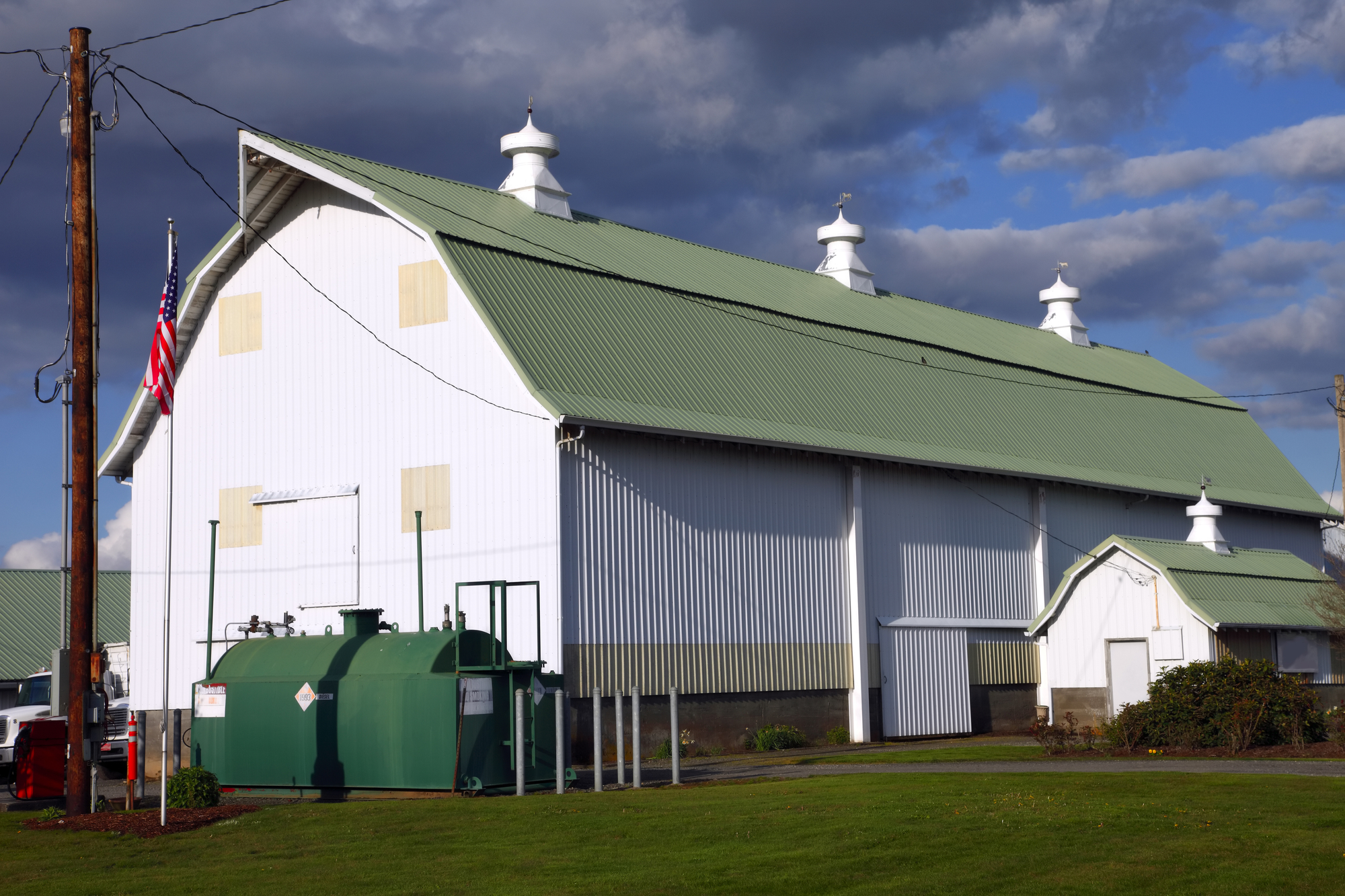Pole Barns & Steel-Frame Buildings: What's the Difference