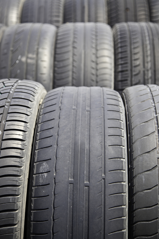 3 reasons you should buy new tires anderson automotive east cincinnati nearsay. Black Bedroom Furniture Sets. Home Design Ideas