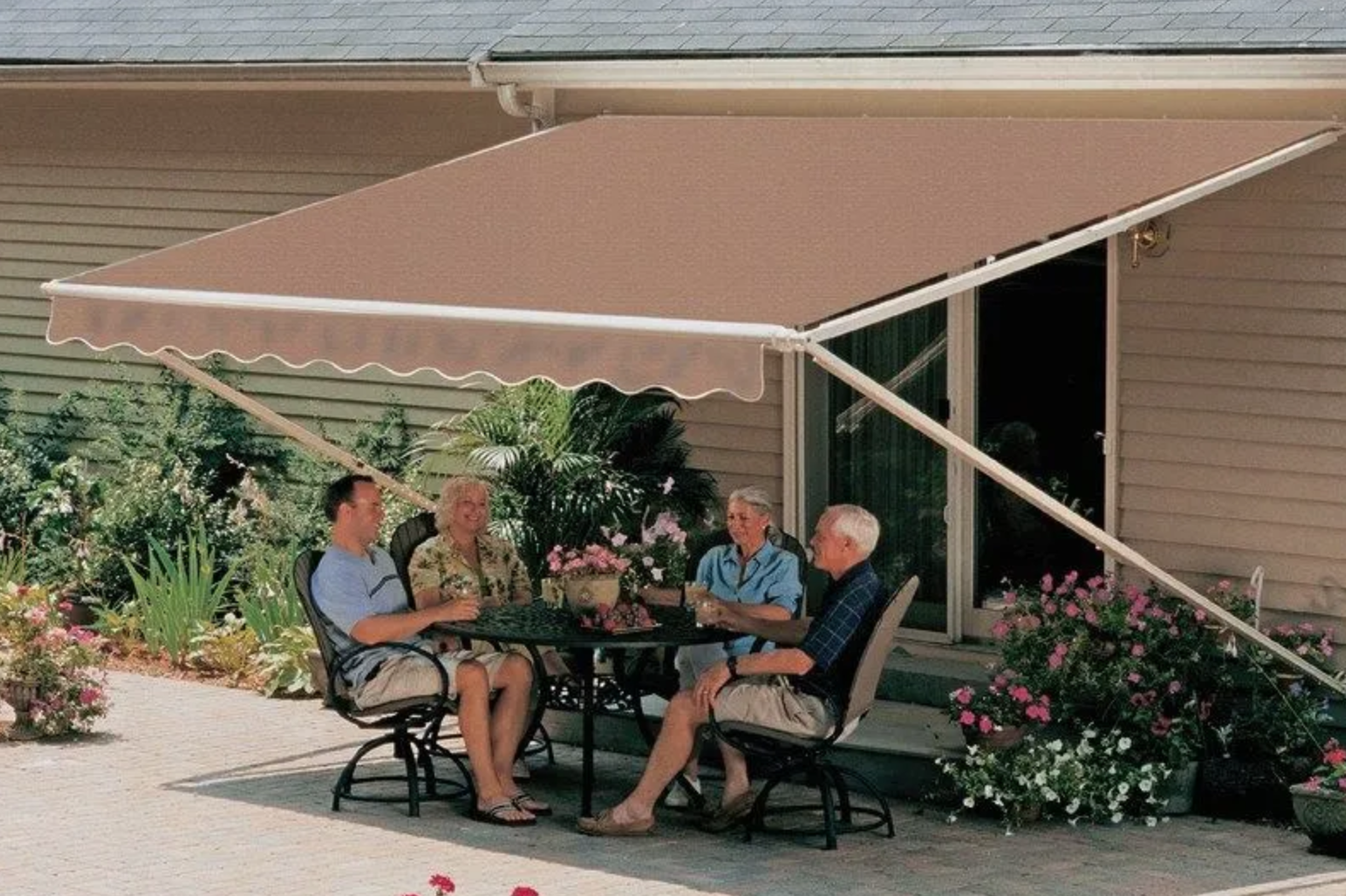 Lake County FL retractable awnings