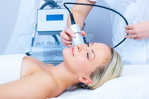 3 Unbeatable Benefits of a Cryotherapy Facial - Cutting Edge