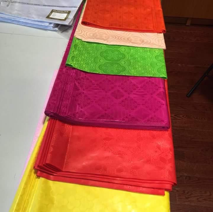 African Textiles A Beginner S Guide To Bazin Riche Fabric