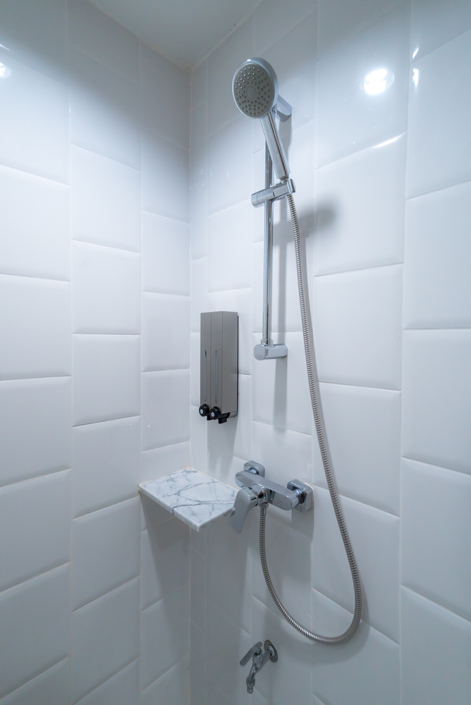 4 Things To Remember During A Tub To Shower Conversion Len The