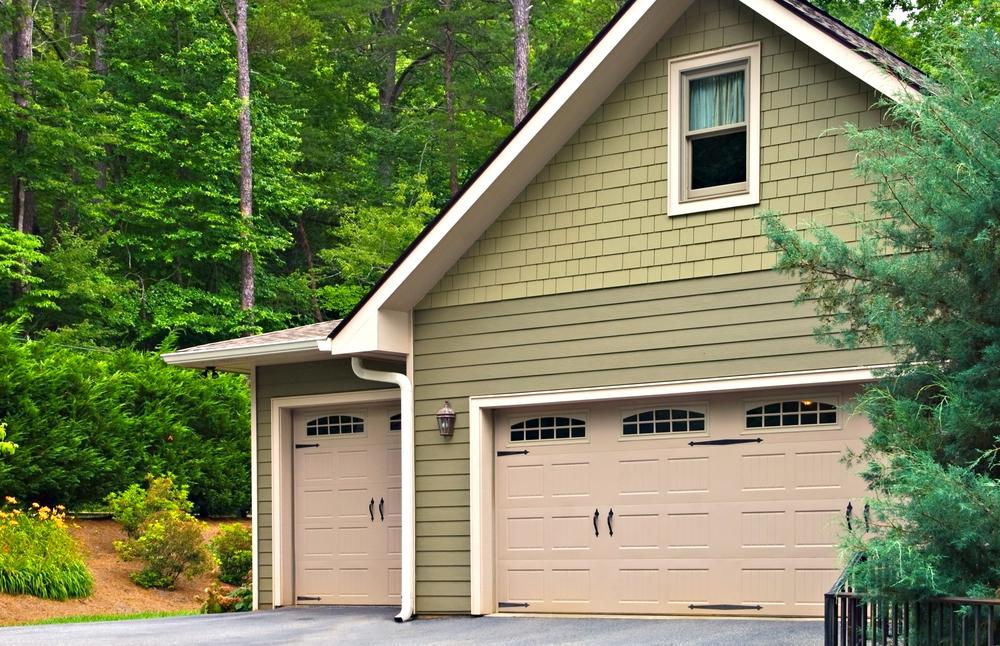 Garage doors in North Ridgeville, OH