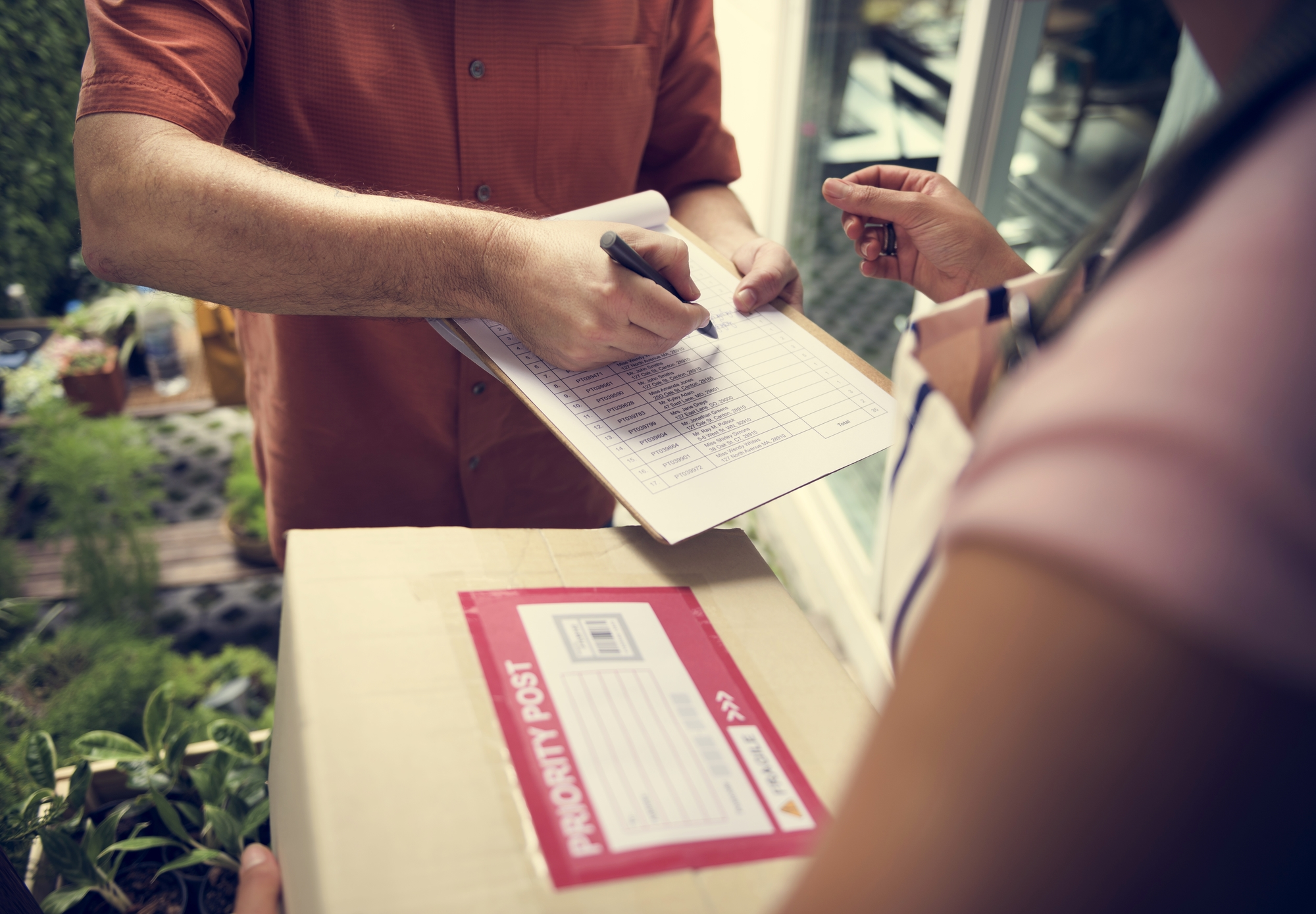 Why Courier Services Are Ideal for Local Deliveries - Kidd Curry
