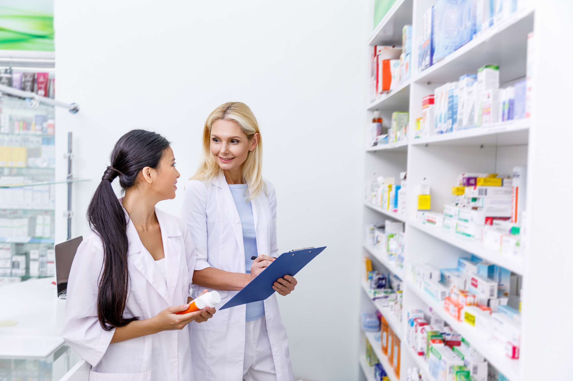 3 Ways Metro Wire Shelving Can Be Used In Your Pharmacy