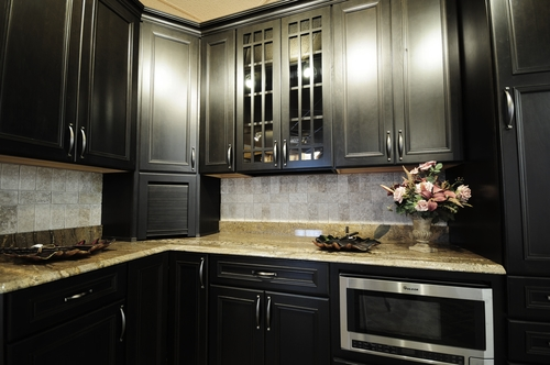 4 Cabinet Colors To Choose For Your Kitchen Design