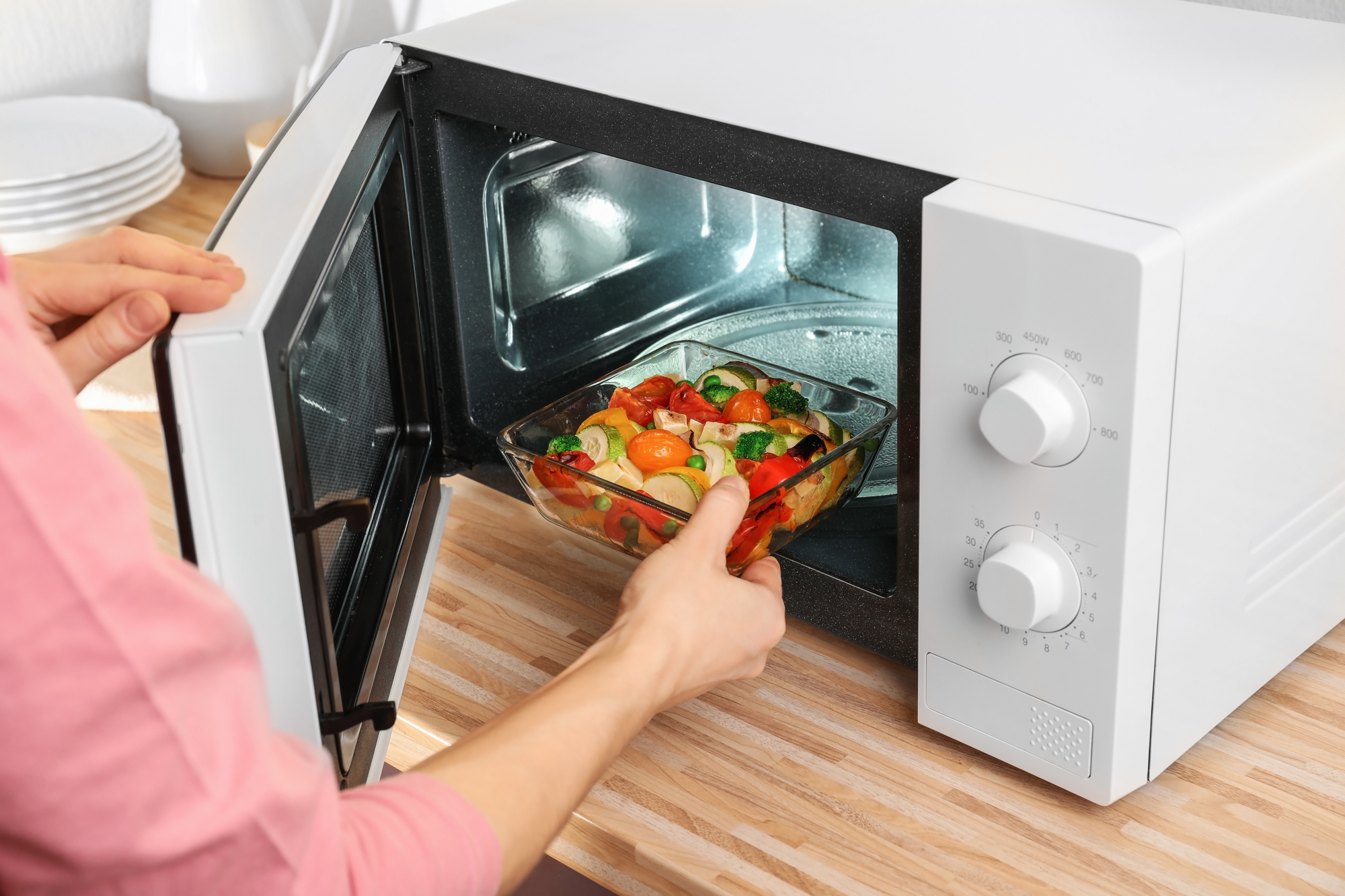 Putting Plastic In Microwave Ovenbestmicrowave