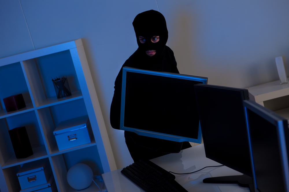 5 Reasons to Invest in a Home Surveillance System