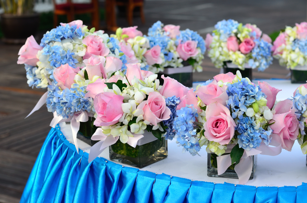 A caterers tips for the perfect primary wedding color palette once youve selected your main color you can then bring other primary colors into your accent pieces for instance floral centerpieces can feature shades junglespirit Gallery