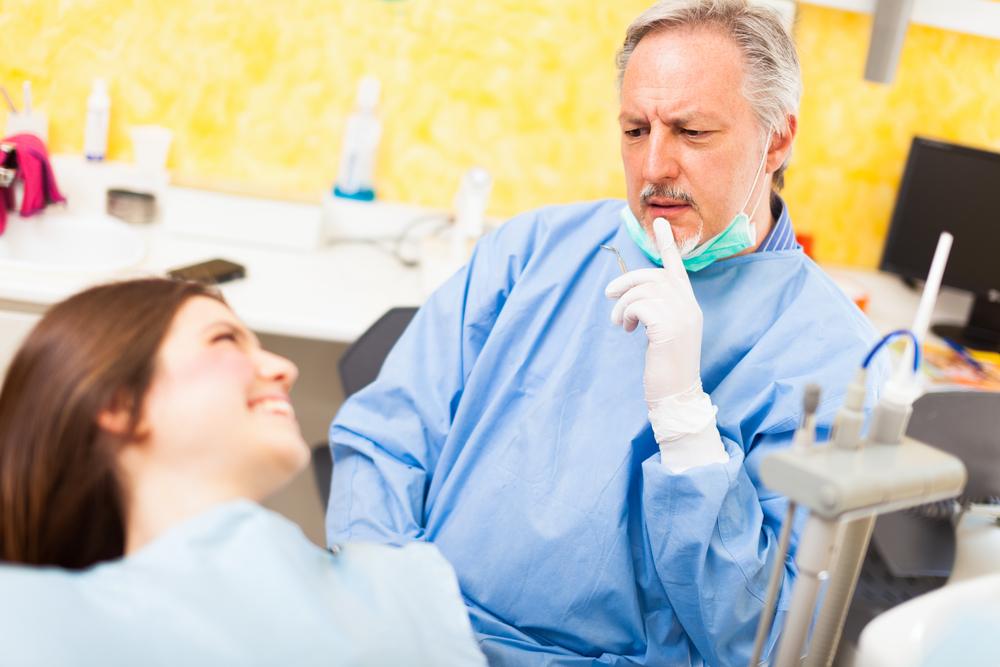 Dentist Explains the Difference Between Cold Sores & Canker Sores