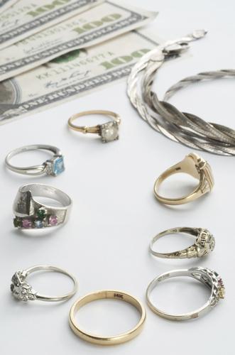 How do pawn shop prices work a happy pawn honolulu for Ez money pawn jewelry