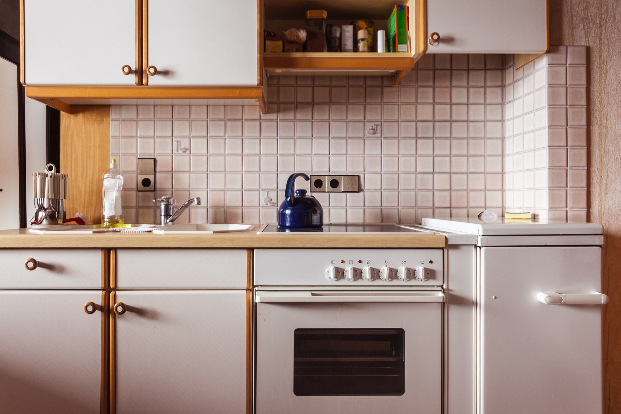 4 Signs It S Time To Replace Your Kitchen Cabinets James Powell