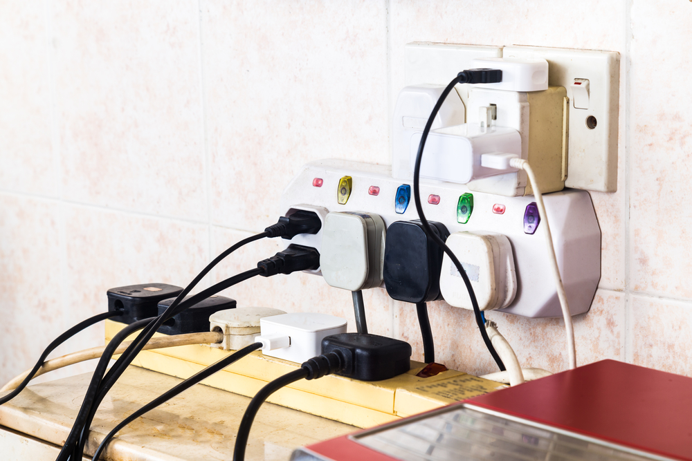 3 Most Common Electrical Mistakes Made by Homeowners ...