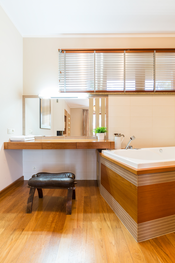 Top 5 makeup accessories to complete your bathroom vanity for Bathroom cabinets greenville sc