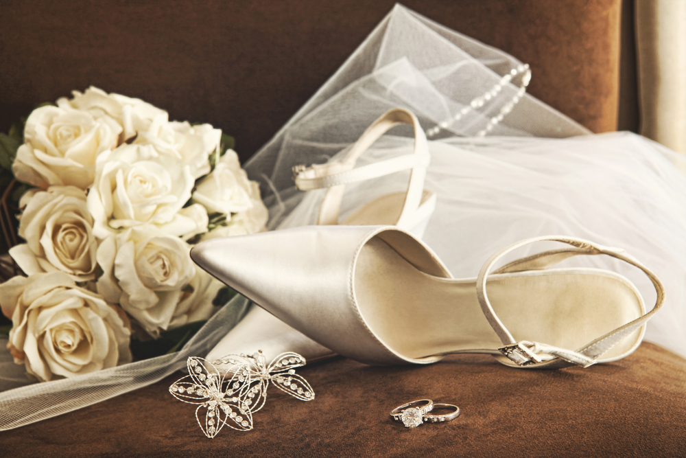 3 reasons to schedule a wedding gown cleaning for Wedding dress stain removal