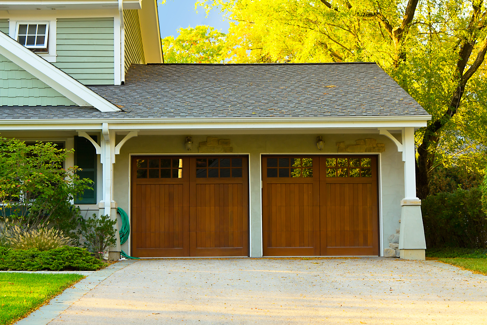 garage door Before going to the ... & How to Choose a New Garage Door - Marchant Building Center ...