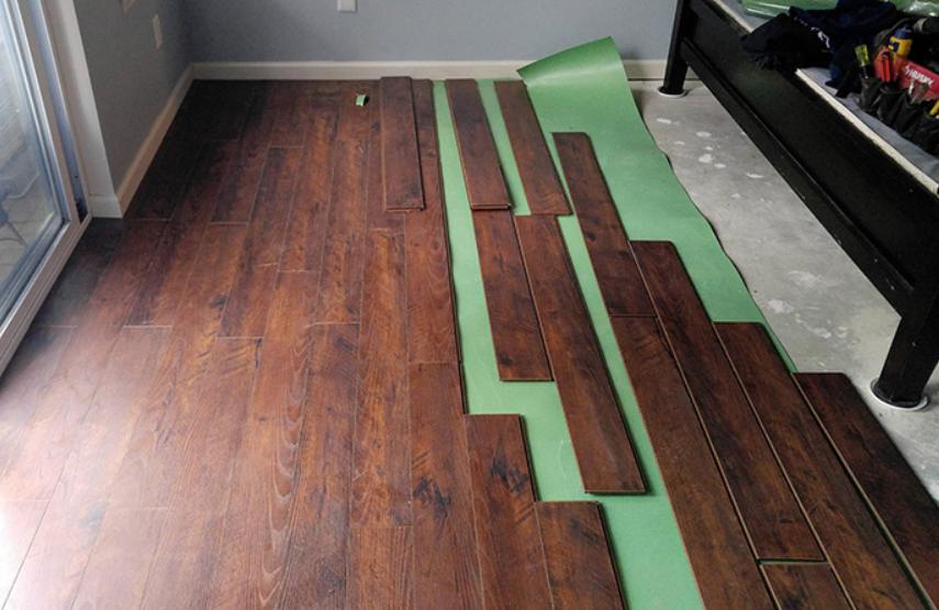 Should You Choose Vinyl Or Laminate Flooring Floors Like Glass