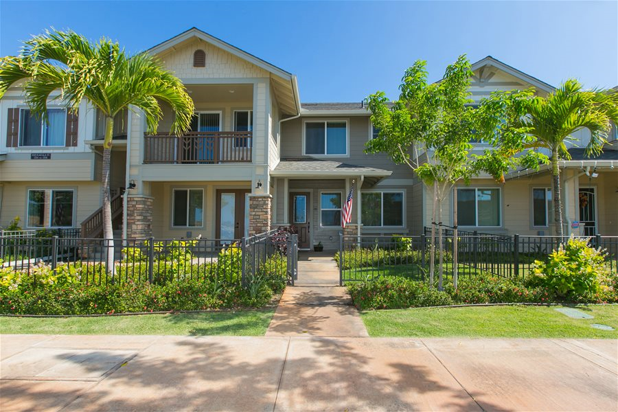 Kapolei Town Home Available For Lease