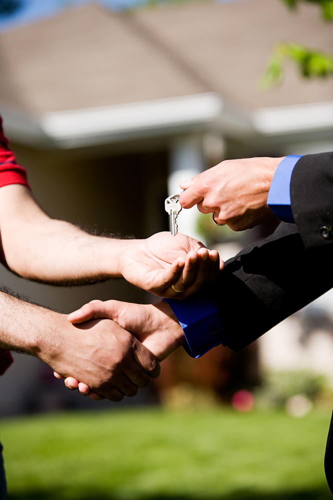 Real estate broker franchise