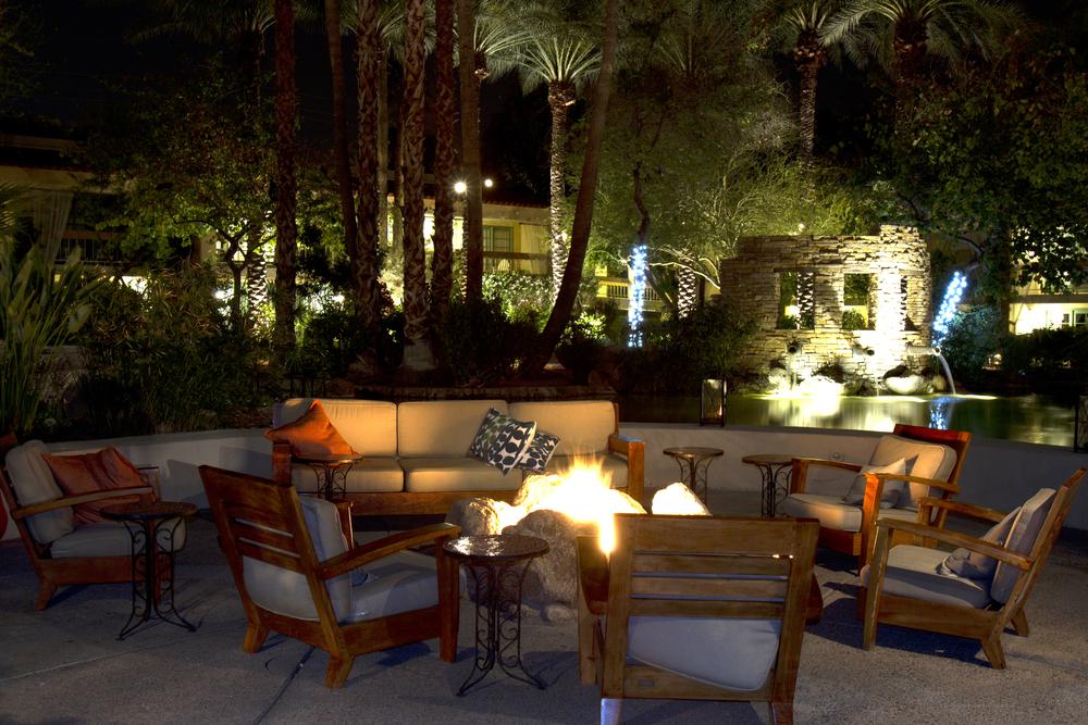 5 Outdoor Lighting Trends To Try