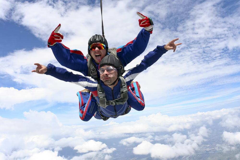 5 Reasons You Should Go Skydiving for Your Birthday ...