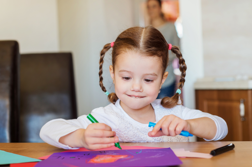 preschool Drawing isn't just putting a crayon to paper. When children watch marks appear with the motion of their hands, they soon develop the desire to ...