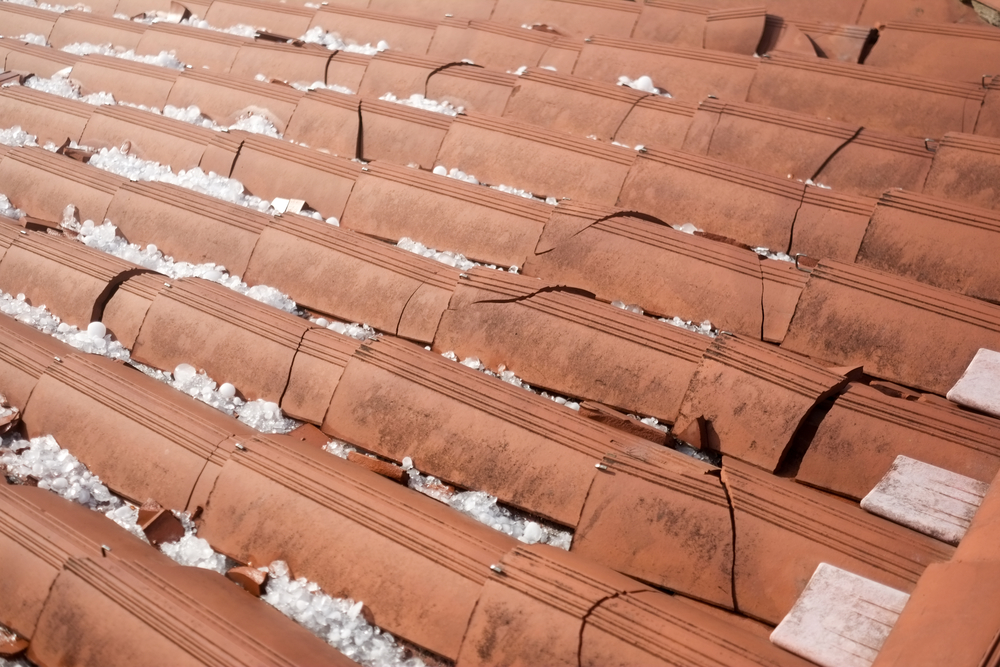 Roof Repair Facts How To Deal With Heavy Rain