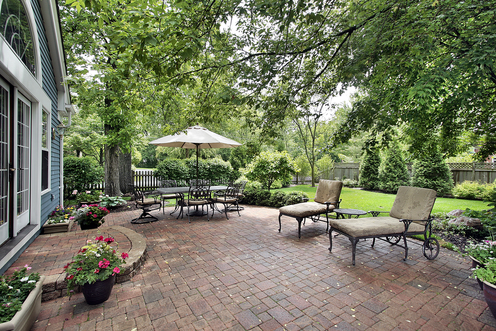 landscaping Lincoln NE - 3 Ways Great Landscaping Will Improve Your Property Value - Ray's