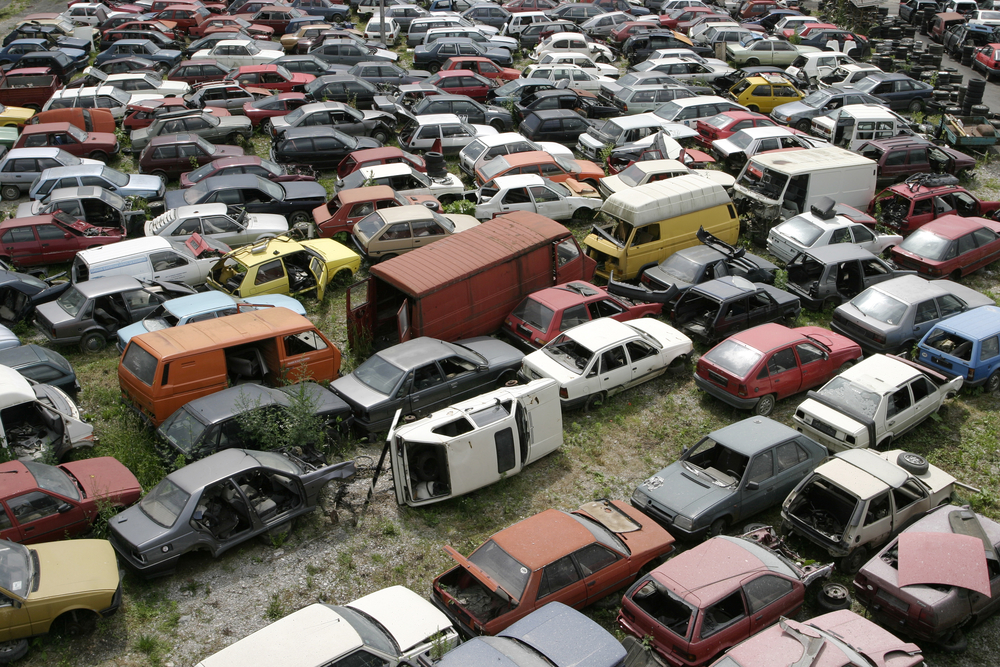 Why Selling a Junk Car to an Auto Salvage Yard Is Good for the ...