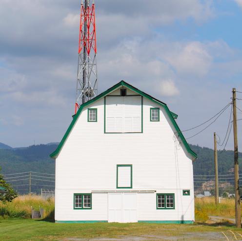 pole-building