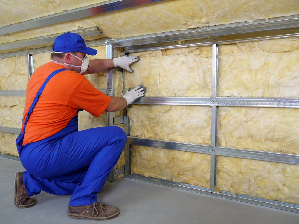 5 advantages of spray foam insulation alas co general for Which insulation is better