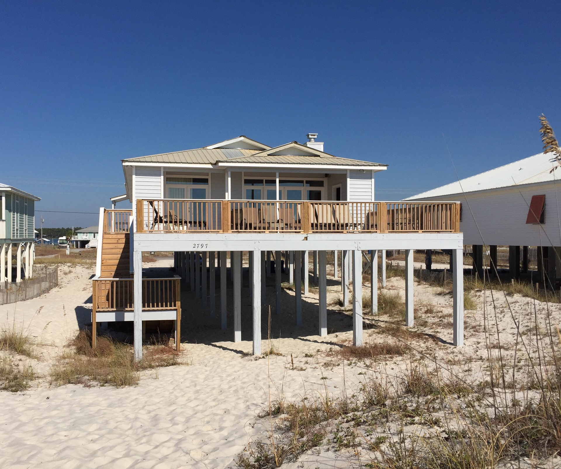 Rent a beach house in June only 3 night minimum  Gulf