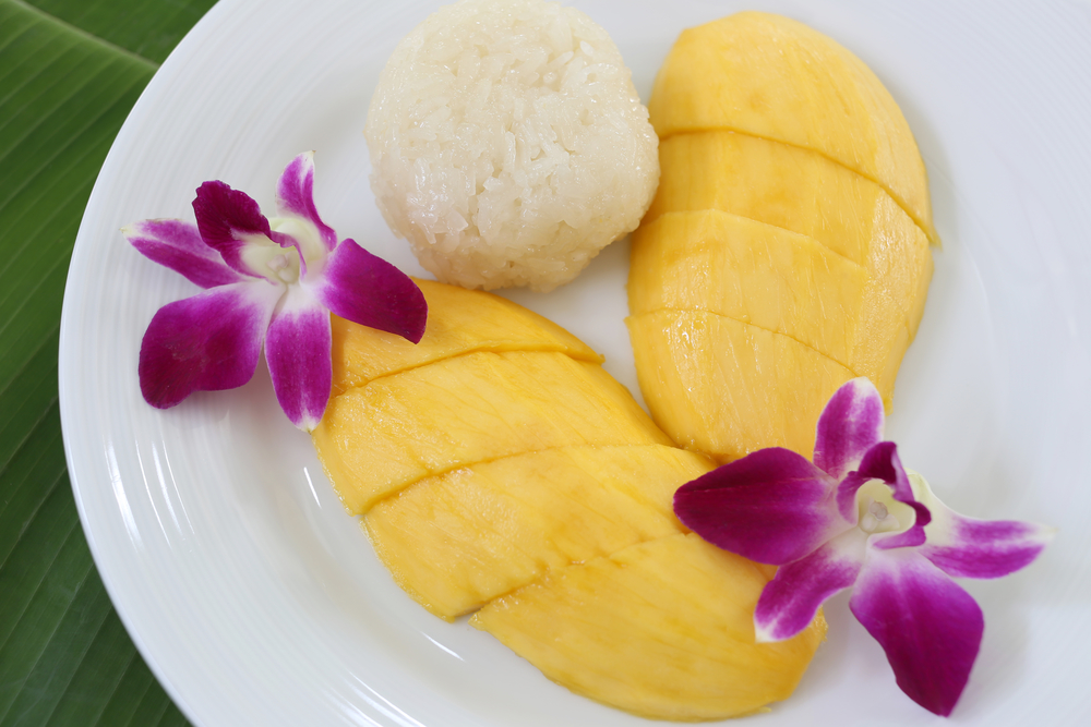 Comprising A Delightful Combination Of Sweet Sticky Rice And Fresh Mango This Traditional Thai Dessert Will Have You Coming Back For More