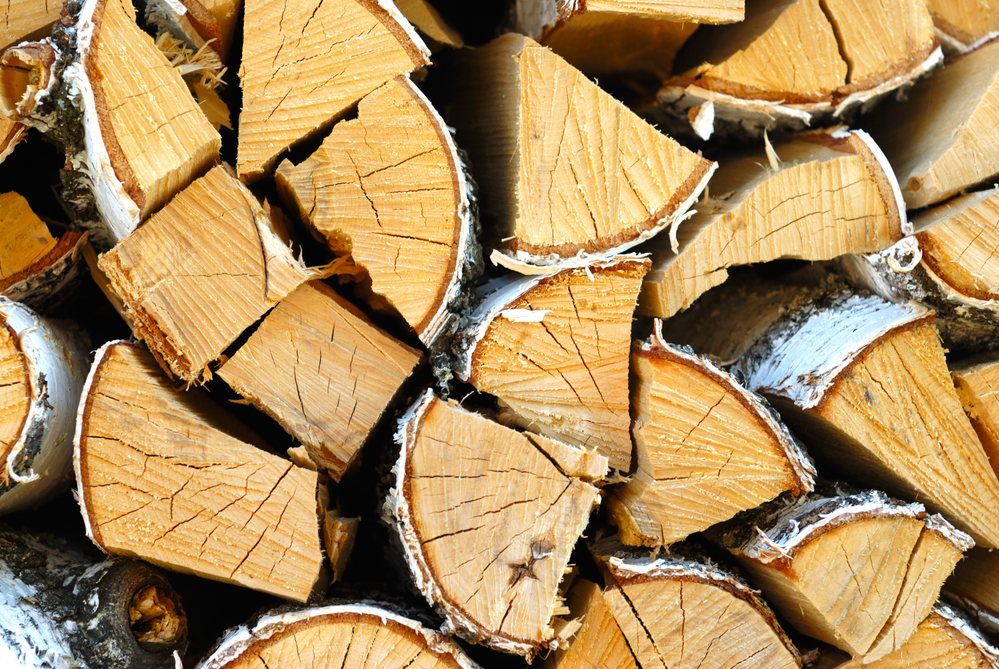 Splitting Wood The Differences Between Hardwood And