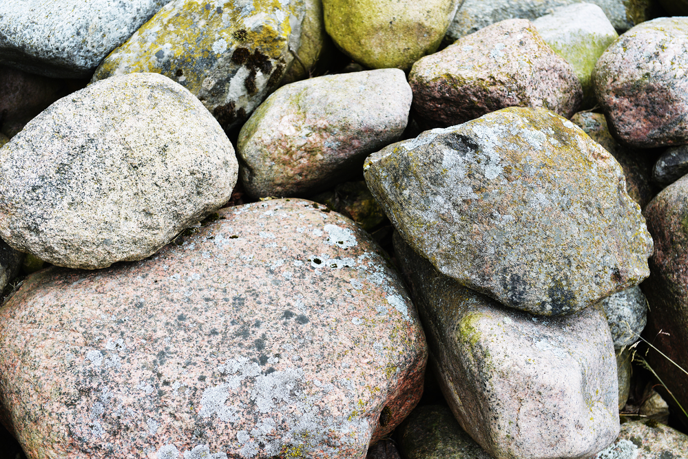 Different Types Of Decorative Stones : Common types of landscape rocks team hale llc