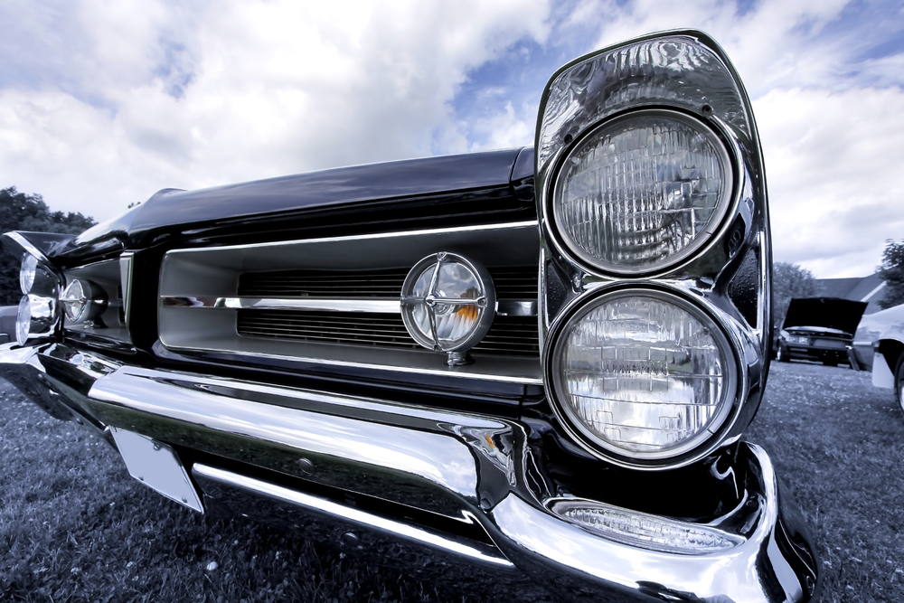 5 Tricks From a Local Auto Parts Store to Keep Your Old Car Running ...