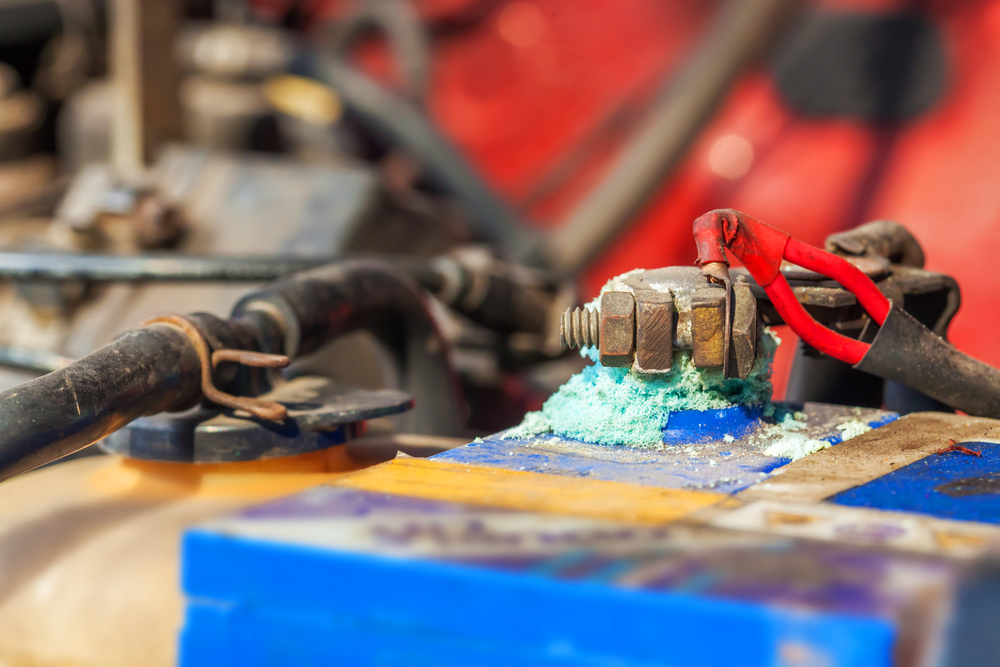 3 signs your car battery needs to be replaced brothers tire sales kannapolis nearsay. Black Bedroom Furniture Sets. Home Design Ideas