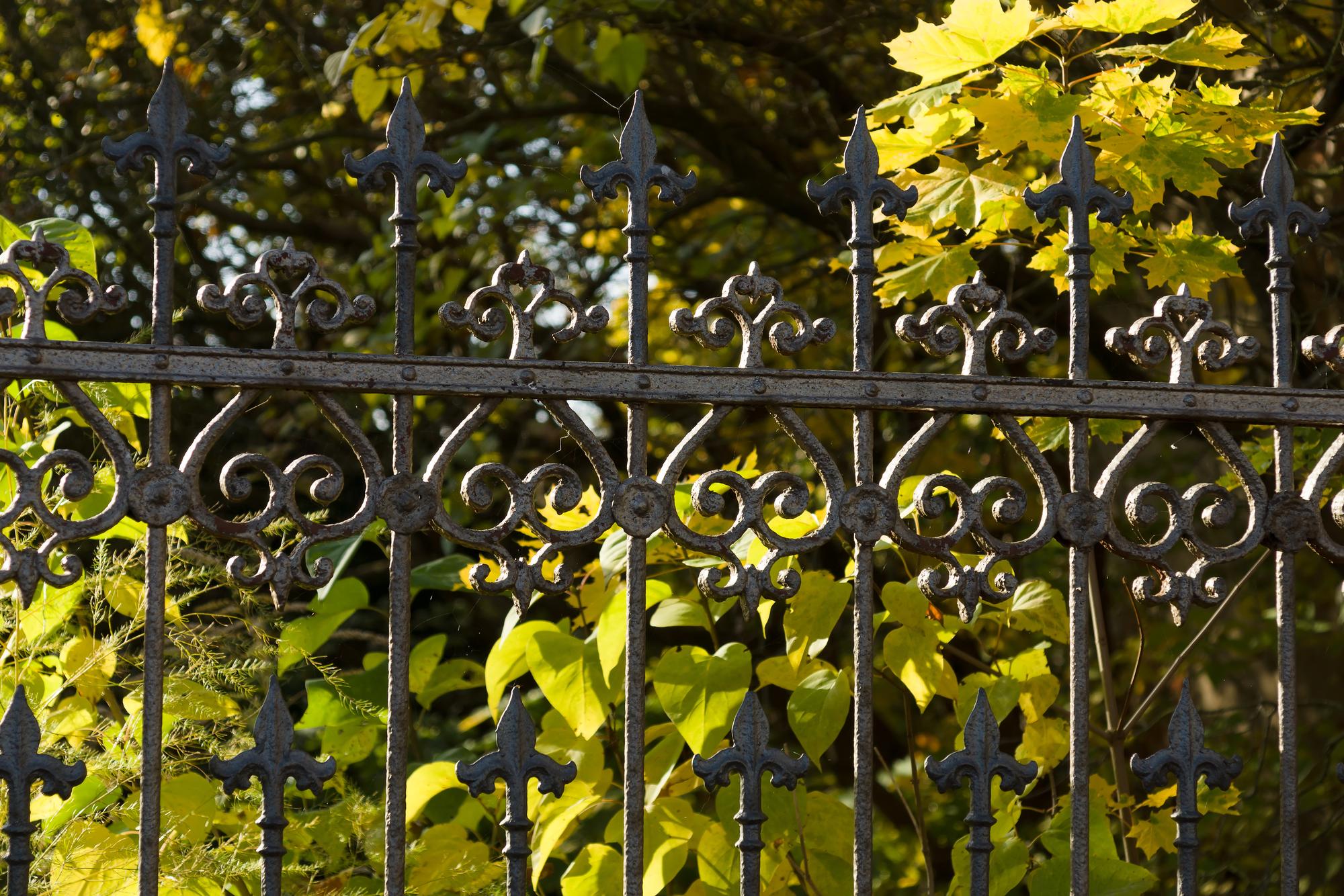 3 Benefits of Wrought Iron Gates - M & M Welding & Fabrication ...