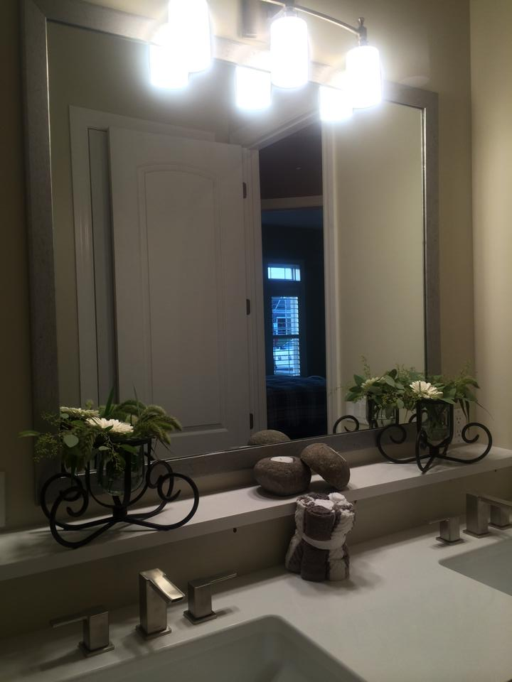 With The Right Unique Designs And Beautiful Lighting Frames Custom Mirrors Are Both Functional Aesthetically Pleasing As Works Of Art