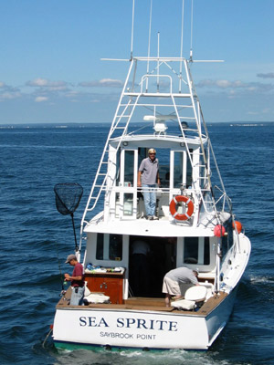 Trade at deep sea fishing platform