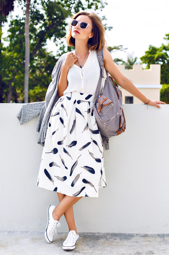 3 Stylish Outfit Ideas for Women Over 30 - Gotta Have It - Dubuque ... 4f7b0b585fd