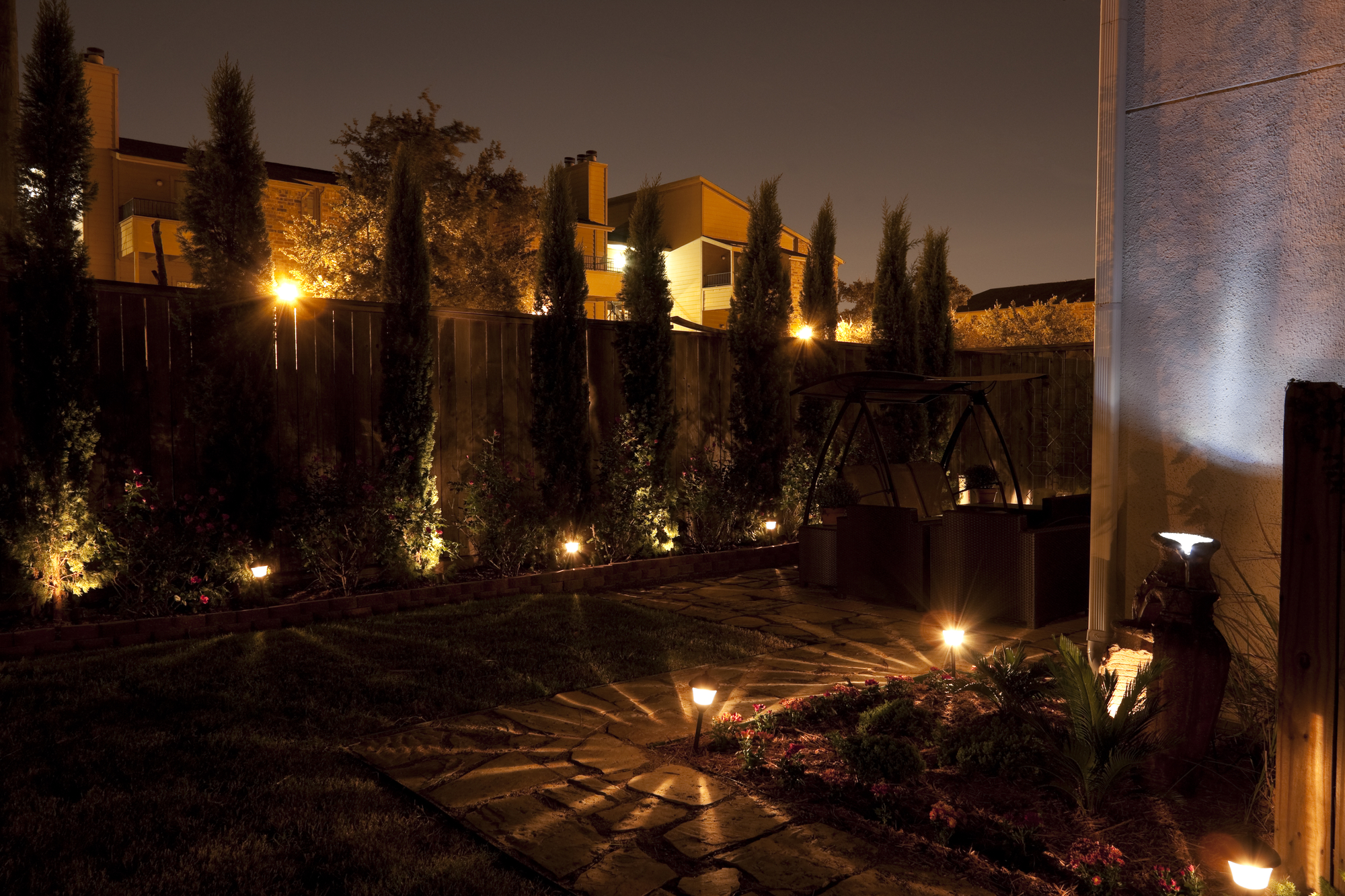 3 Reasons To Hire An Electrician For Landscape Lighting Reed