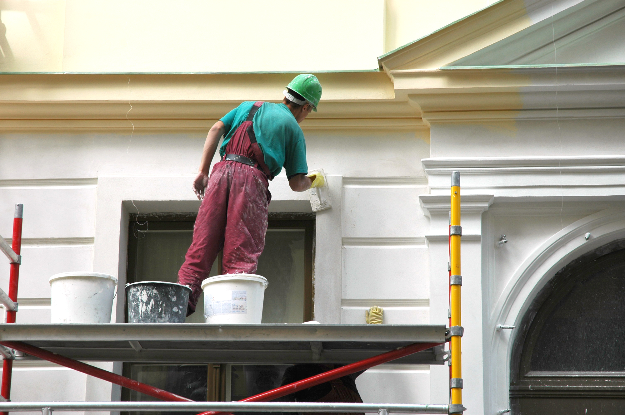5 Reasons to Hire a Professional for Your Exterior Paint Job - C ...