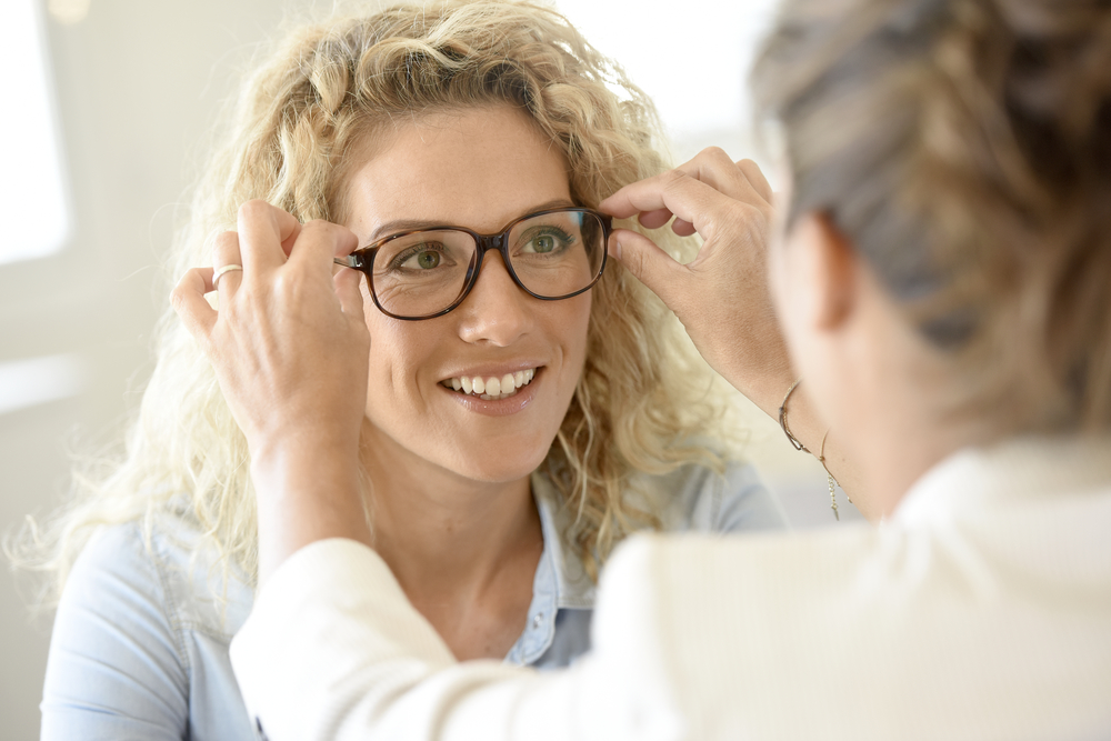 cc2f2a6e5bfd0 3 Factors to Consider When Choosing Frames for Your Glasses - Clear ...