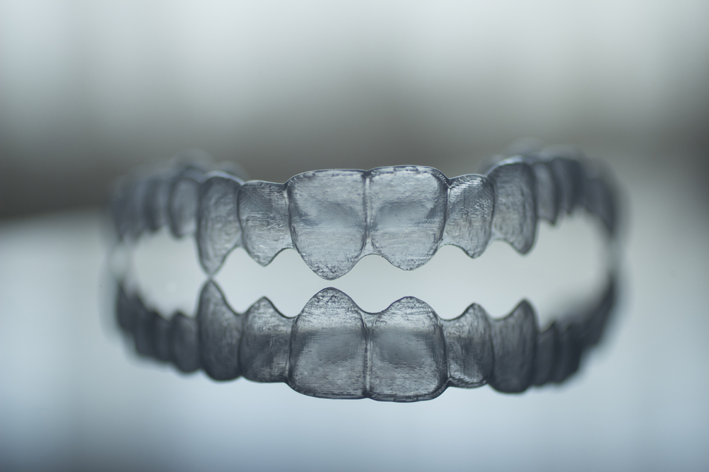 how to keep invisalign braces clean
