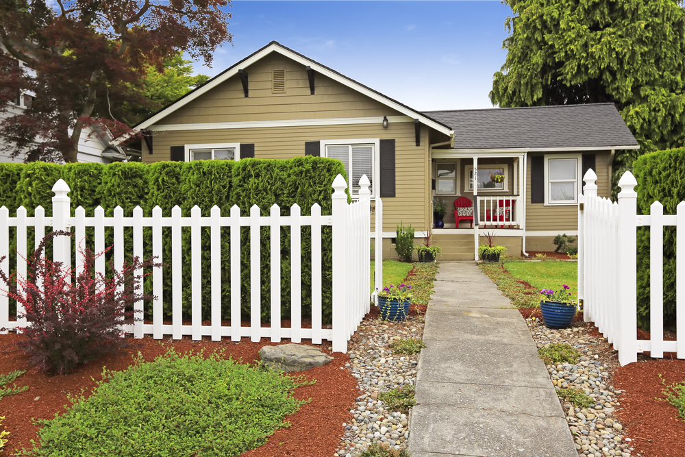 Fence contractor in Greter Tulsa, OK