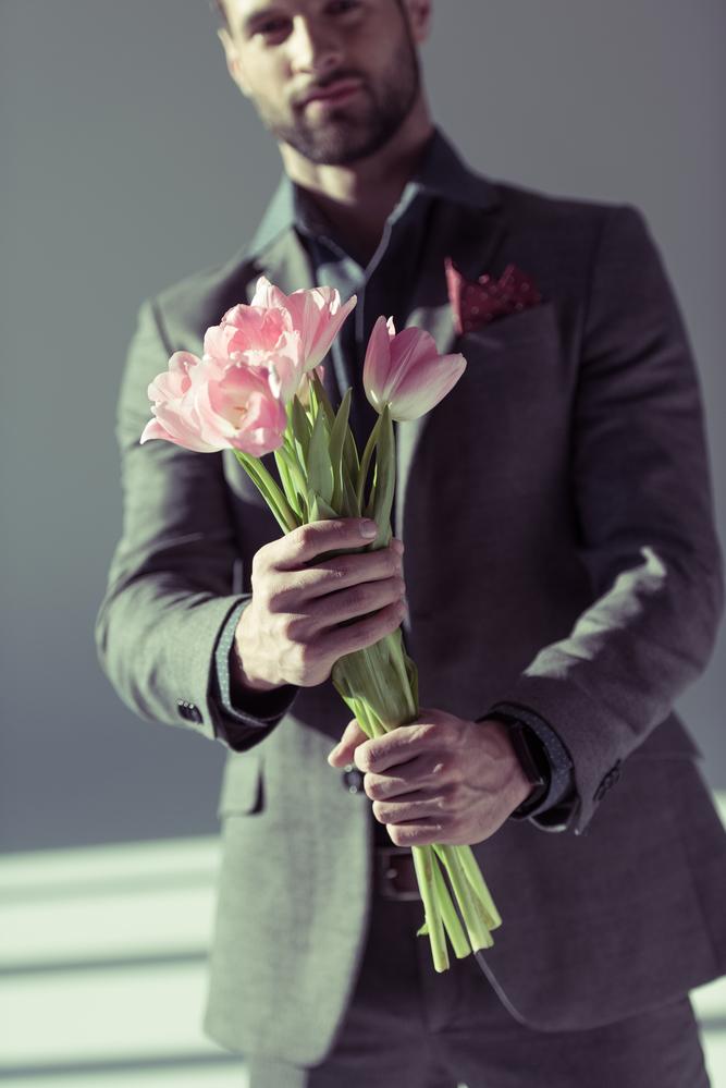The Guys Guide to Giving Flowers - Gratitude-Heart-Garden Florist - Chicago | NearSay