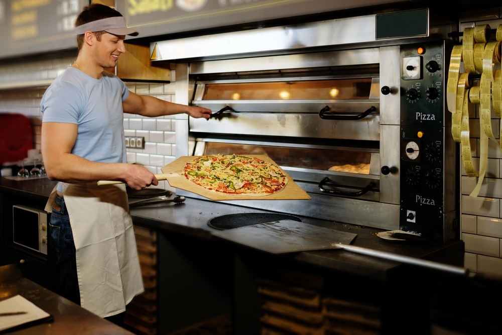 Why pizza is perfect on the go noce 39 s pizzeria for Amenagement cuisine professionnelle