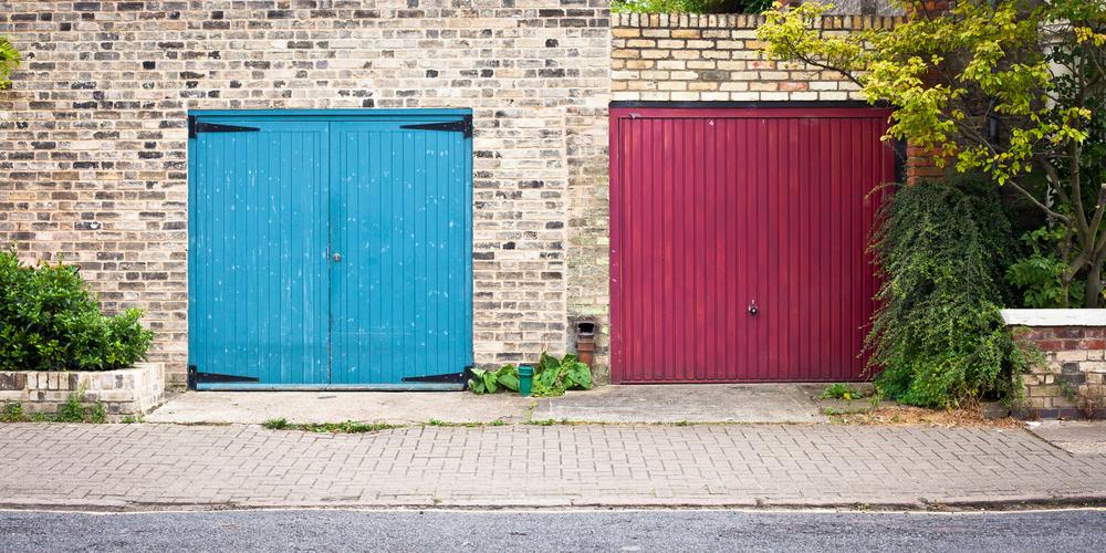 Overhead garage door experts discuss 2017 trends for Garage door trends 2017