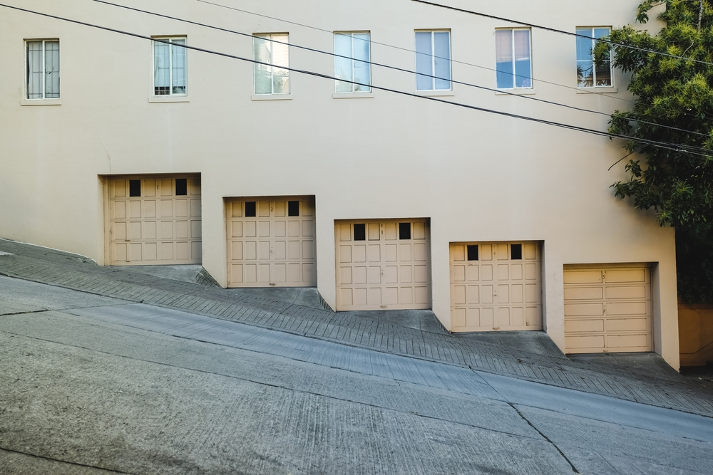 Answers To 4 Faqs About Buying A New Garage Door Valley Isle